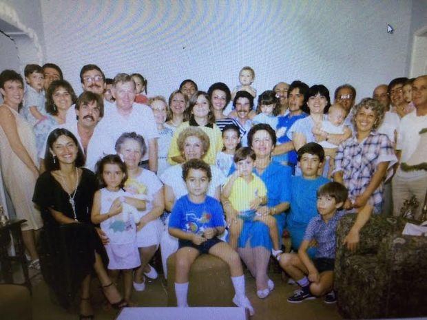 1986 12 34 Familia Farias